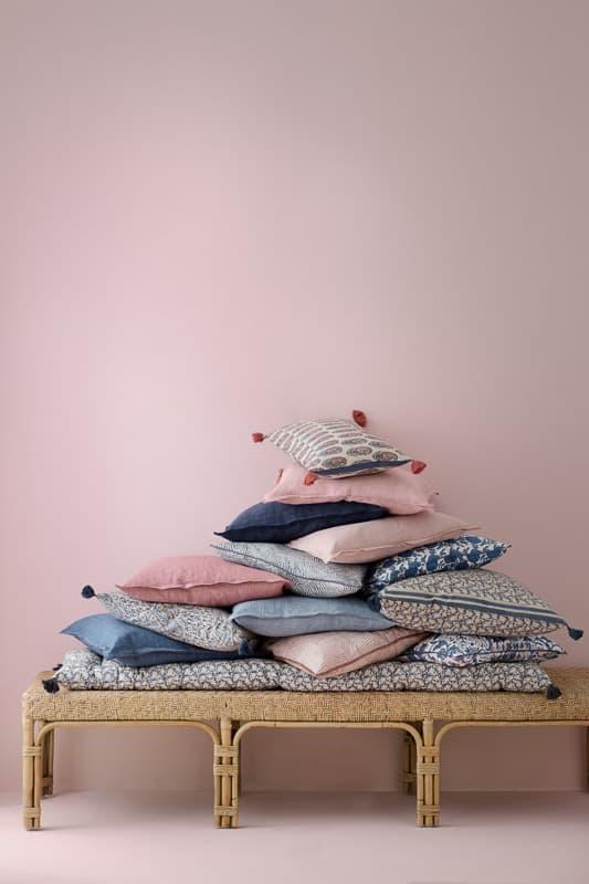 linnen kussens roze lichtblauw
