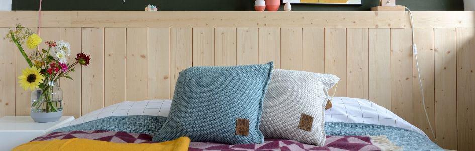 De kussens en plaids van Knit Factory