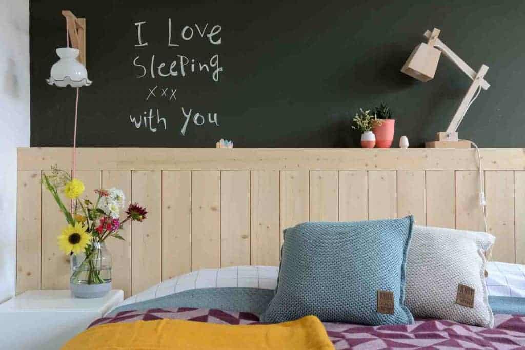 slaapkamer kussens blauw bed dekens