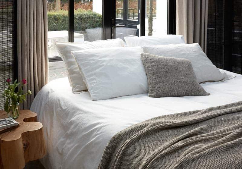 dekbed wit hotelsfeer