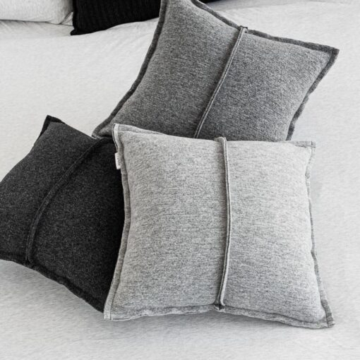 Kussens wol licht donker grijs antraciet