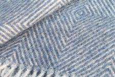 blauwe plaid visgraat wol