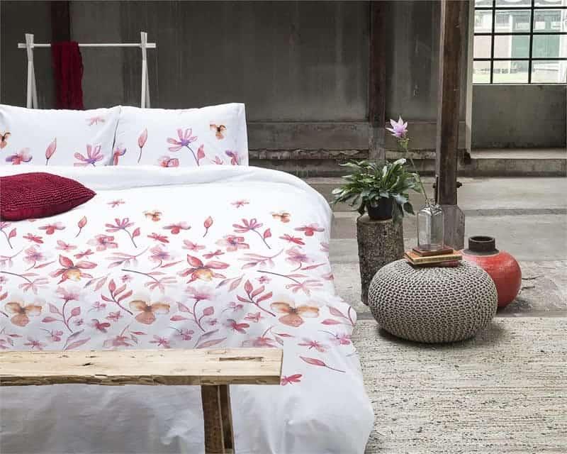 dekbedovertrek bloemen roze wit romantisch