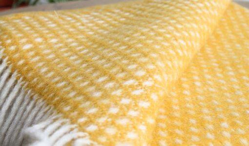 gele plaid klippan wol knut