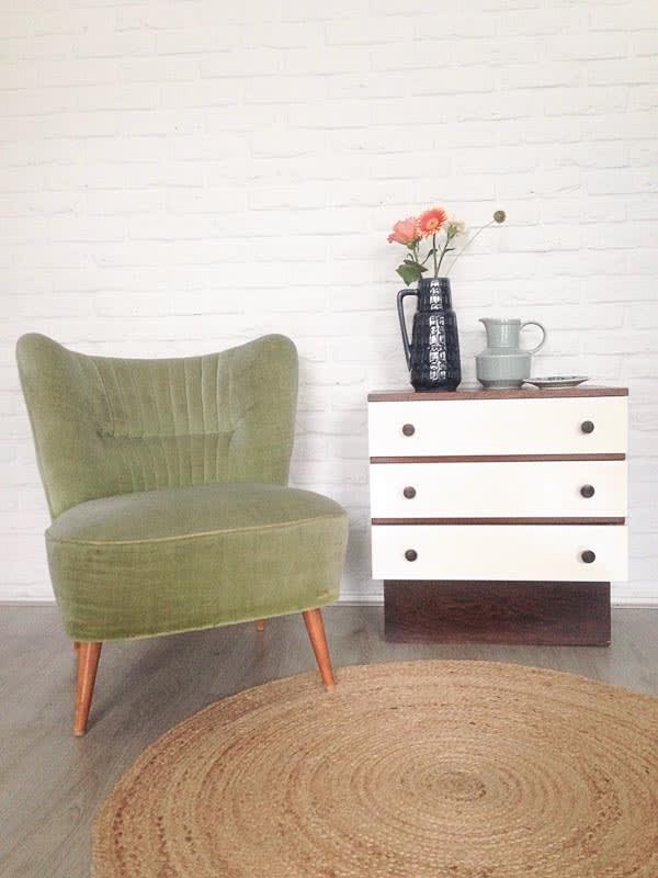 groen stoeltje kastje