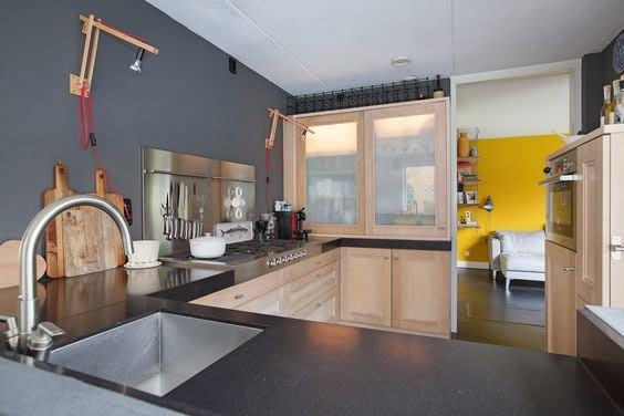 keuken gele wand
