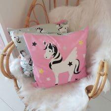 Kussen kinderkamer Eenhoorn roze