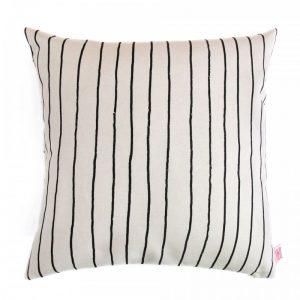 Kussen zwart strepen Simple Stripe