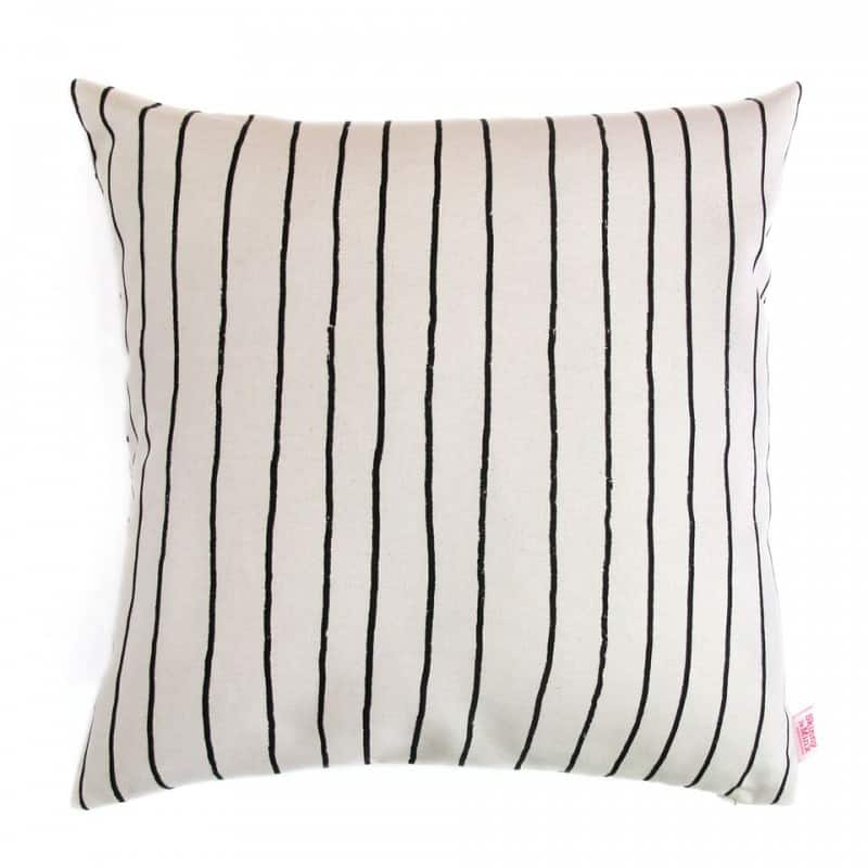 Kussen Zwart Wit.Kussenhoes Zwart Strepen Simple Stripe
