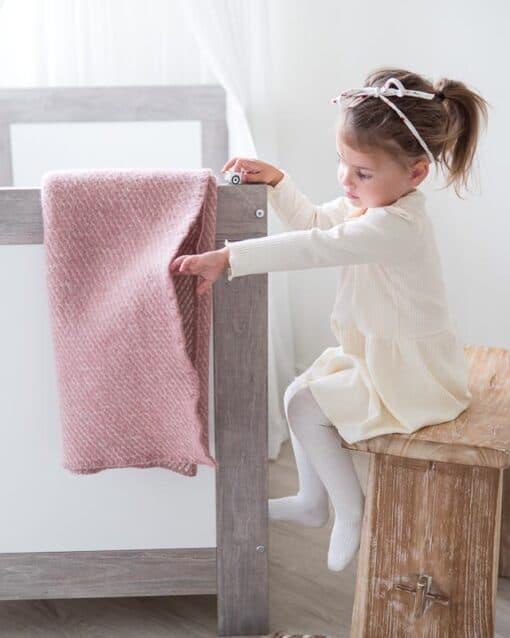 ledikantdeken roze wol klippan