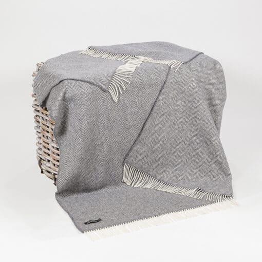 plaid grijs visgraat cashmere