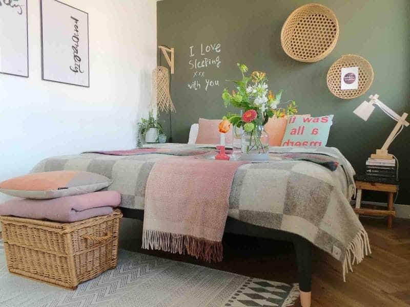blog slapen onder een wollen deken