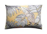 kussen geel grijs bladeren outdoor