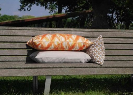 buitenkussen oranje tuinkussen
