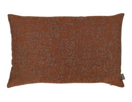 oranje kussen bruin langwerpig