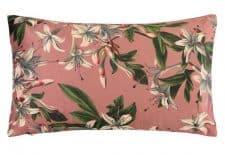kussens roze bloemen langwerpig velvet