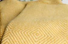okergele plaid geel klippan wol