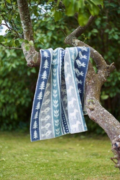 ledikantdeken blauw grijs klippan wol