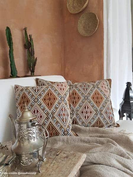 sierkussens beige kelim meubelstof