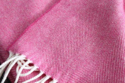 plaid roze visgraat wol mcnutt