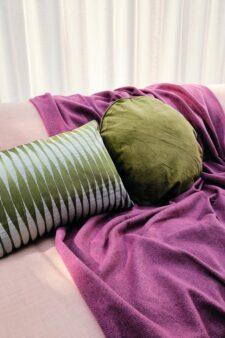 plaid roze kussens groen wol velvet
