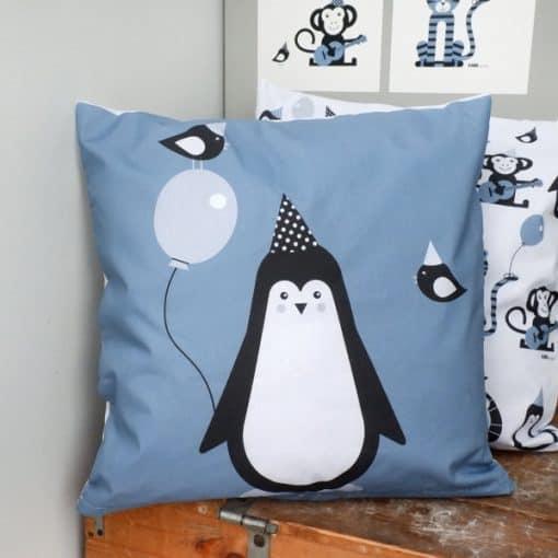 kussen blauw pinguin kinderkamer