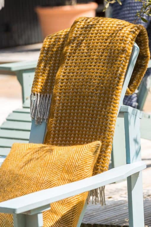 plaid mosterdgeel wol