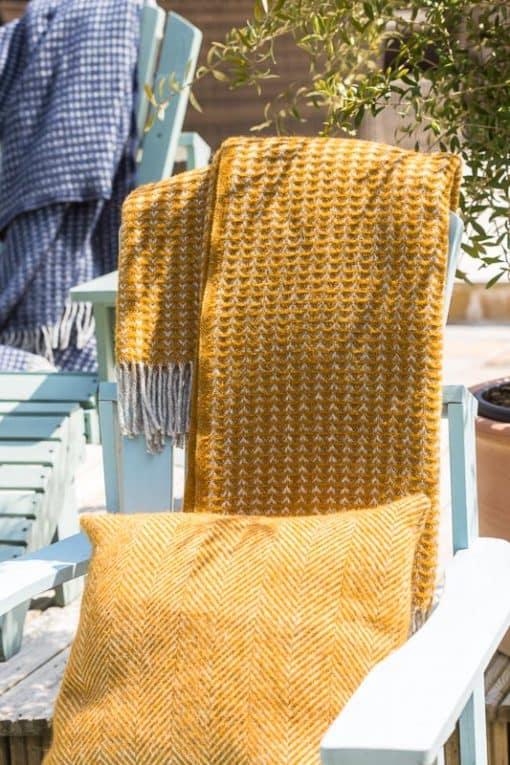 plaid okergeel wol