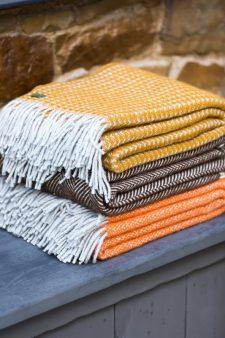 plaids oranje geel bruin wol