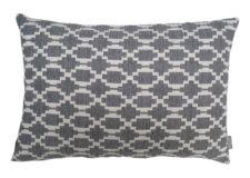 kussen grijs patroon langwerpig