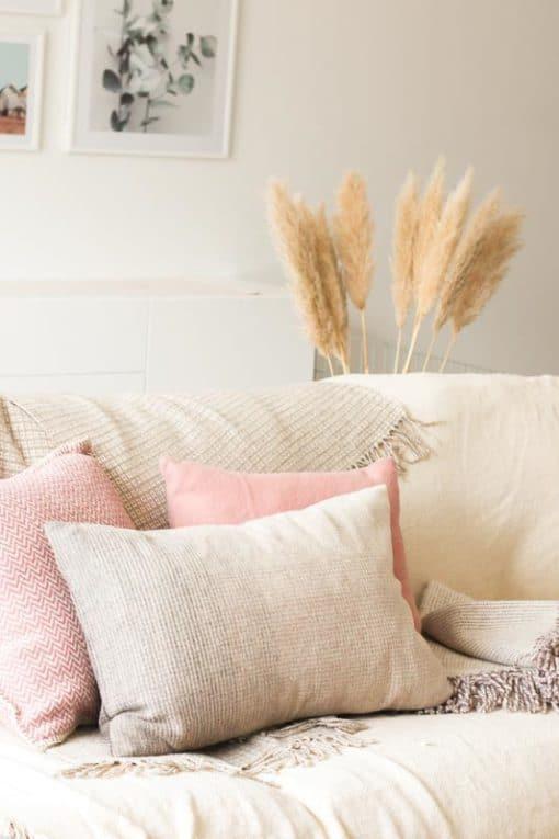 kussens plaids roze beige wol