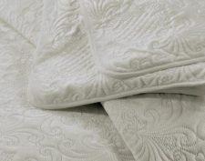 bedsprei crème bed