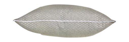 kussen grijs zilver raaf langwerpig piping