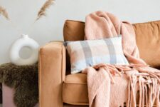 sierkussen luxe alpacawol ruiten terracotta