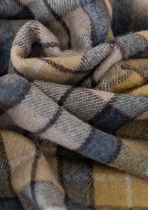 deken ruiten recycled wol geel blauw