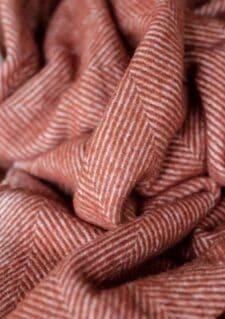 deken wol steenrood visgraat wol