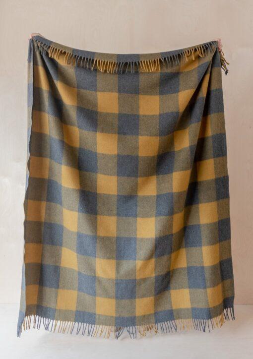 Picknickkleed geel grijs ruiten wol