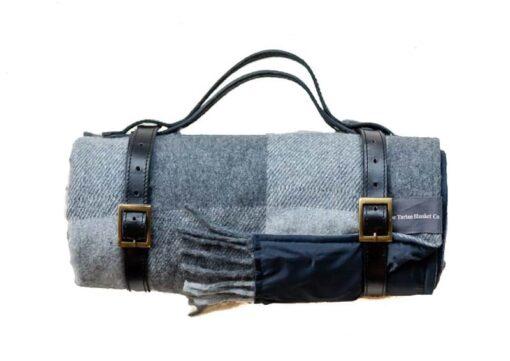 Picknickkleed lichtgrijs donkergrijs geblokt wol