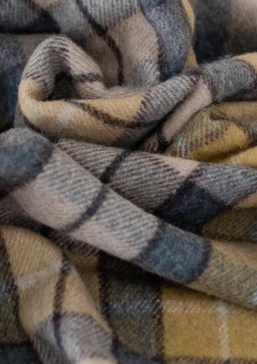 Picknickkleed wol grijs geel beige schotse ruit