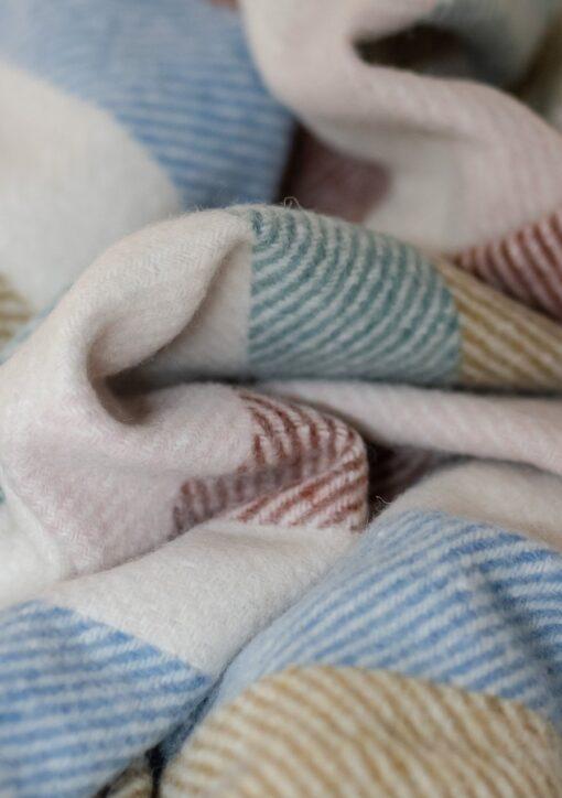 Picknickkleed wol kleurrijk gestreept