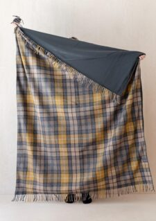 Wollen picknickkleed grijs geel beige geruit