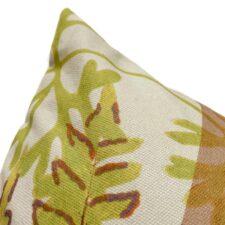 Katoenen sierkussen beige met botanische print