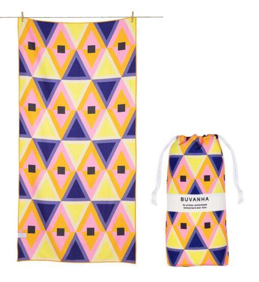 Strandlaken kleurrijk met opbergtasje reishanddoek